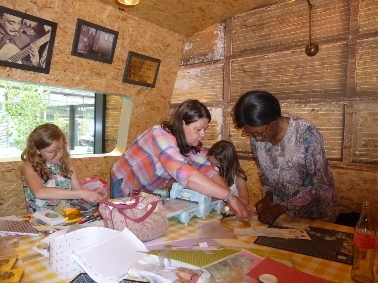 Atelier en famille de Scrapbooking