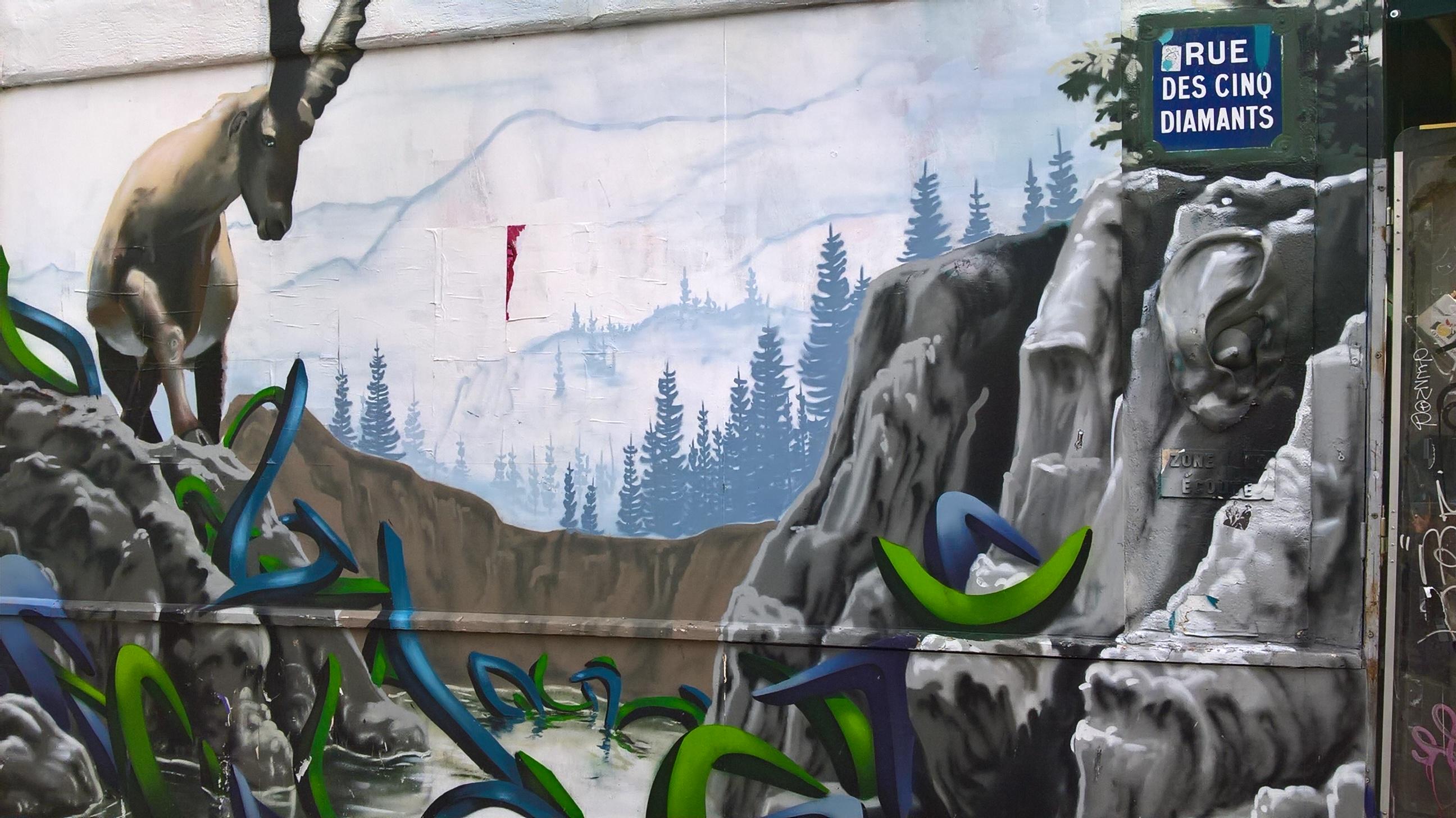 Les street artistes renouvellent régulièrement ce mur !