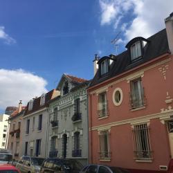 Il n'y a pas que des immeubles haussmanniens dans Paris
