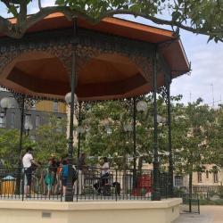 Connaissez vous ce kiosque près du bassin de la Villette ?