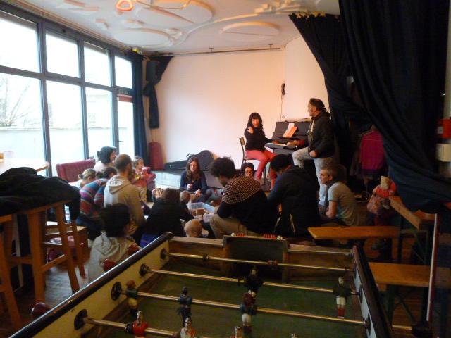 Eveil musical au Cafézoïde, 1er café culturel des enfants