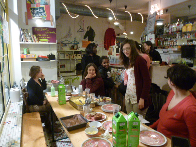 """Visite-rencontre TROC TOUT """"parents solos"""" au Cafézoïde 06/02/2015"""