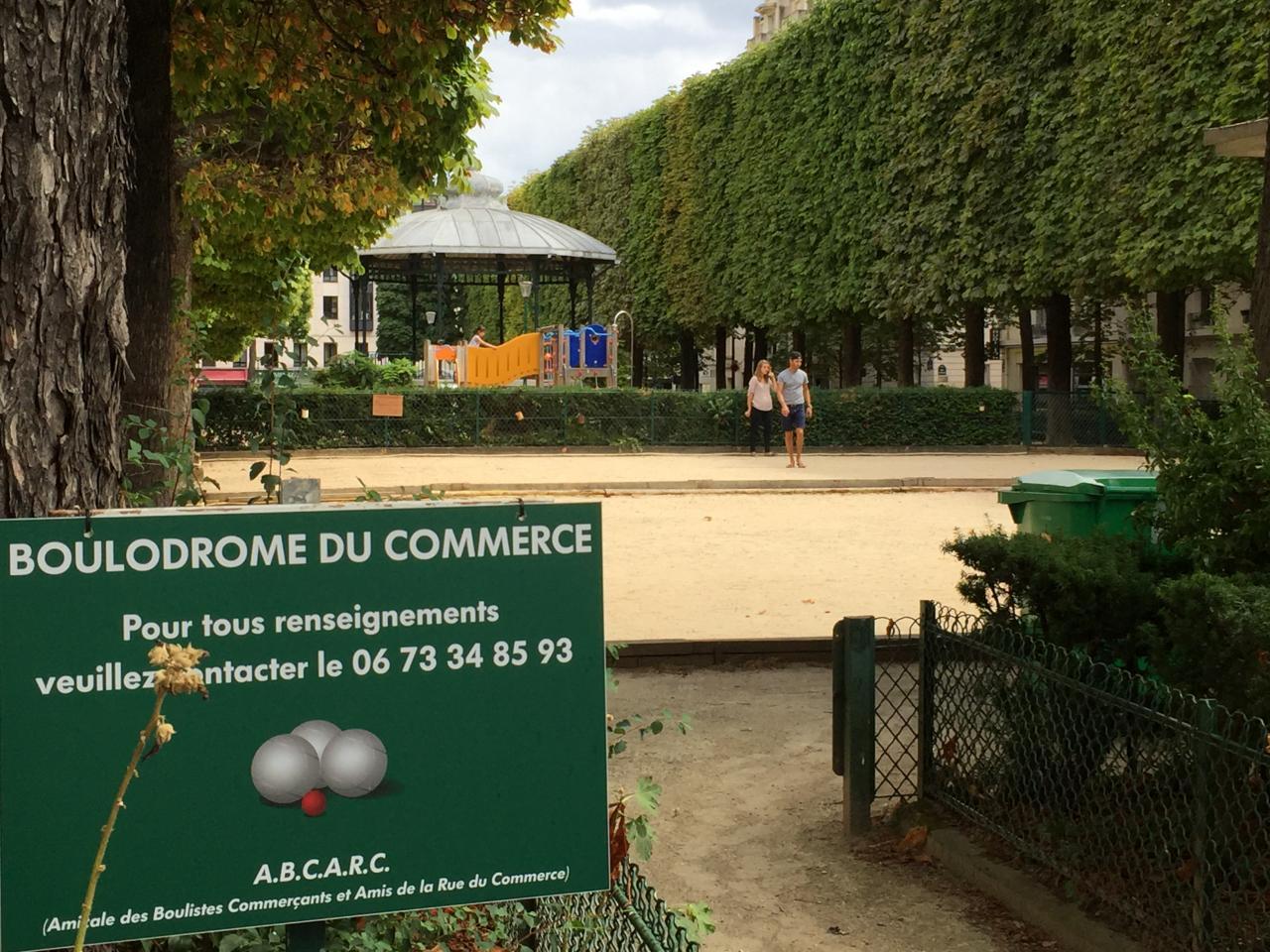 Il n'y a pas qu'à Marseille où l'on joue aux boules !