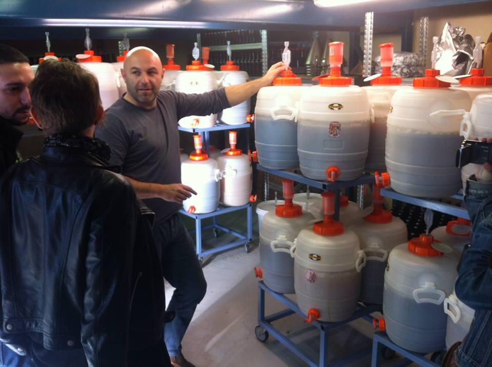 Les fûts de bière fabriqués par les stagiaires